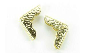 Ъгли метални златни