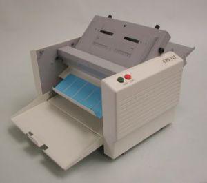 Cyklos CPS 325B - електрическа машина за рязане на визитки А4/12 бр.